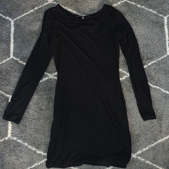 Lulu's Dresses & Skirts - Black long sleeve Lulus dress